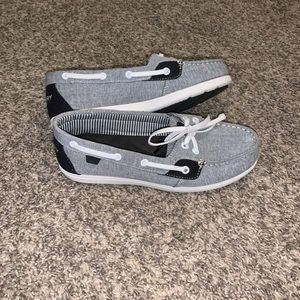 Gray Sperry Size 6.5 slip ons